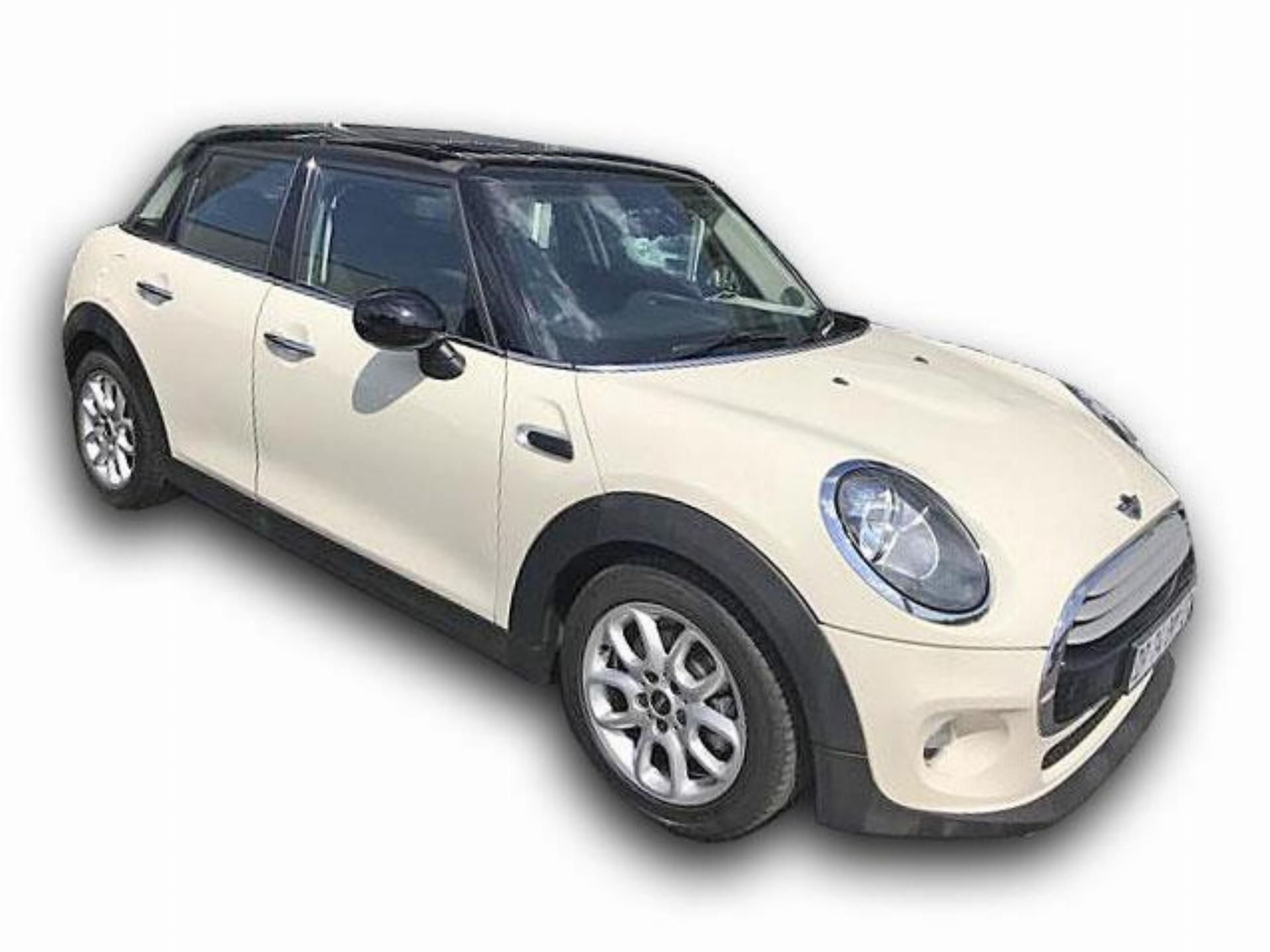 Mini Cooper 5 Door Hatch 1.5