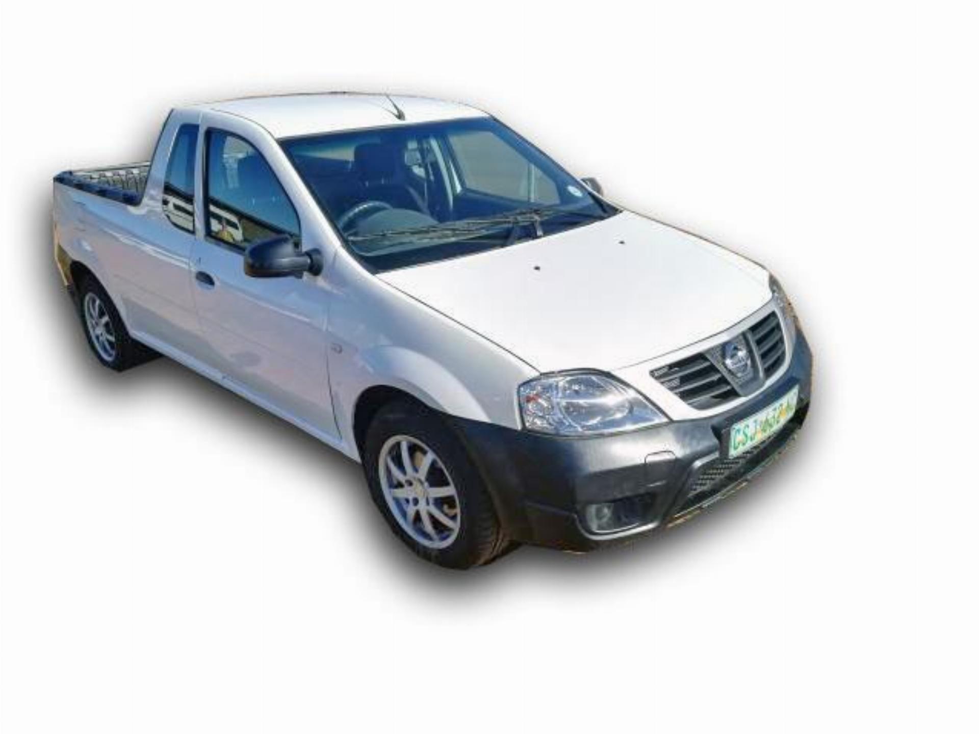White Nissan NP200 1.6I