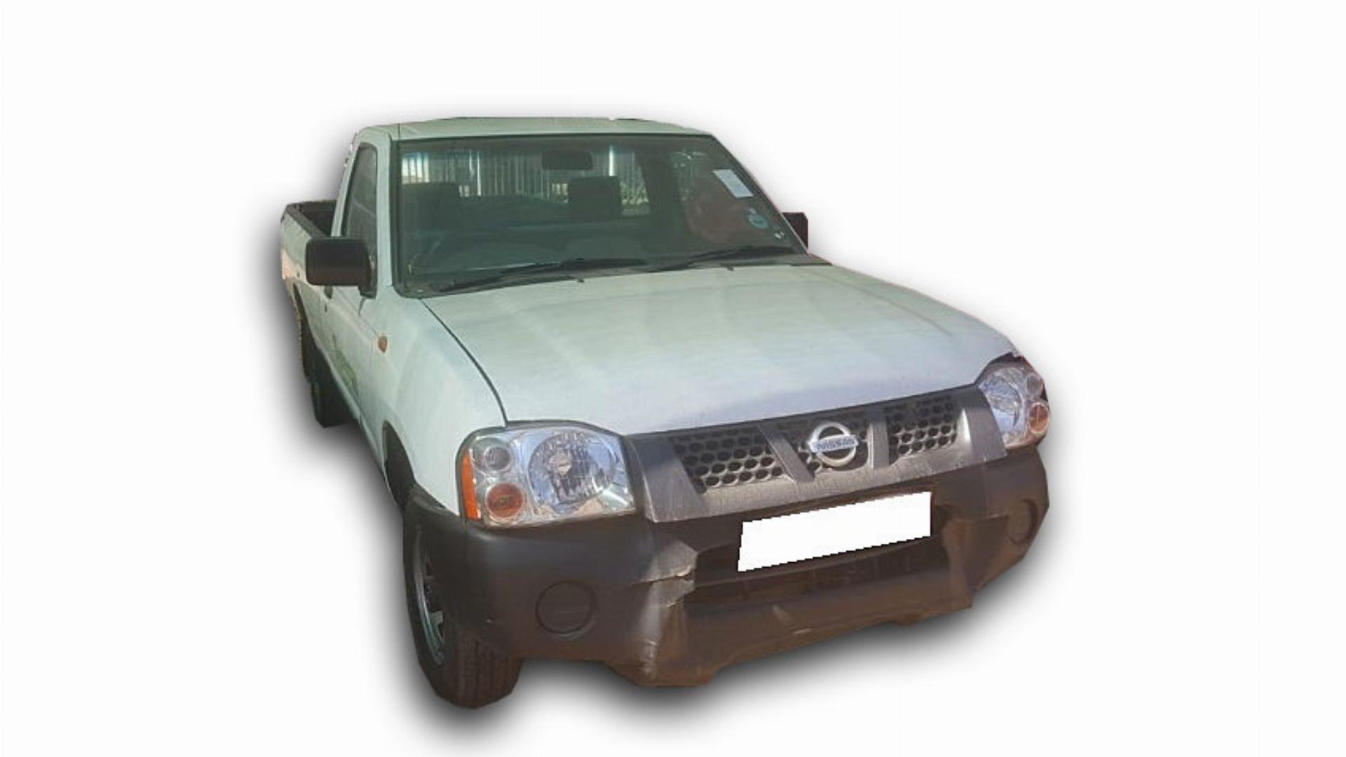 Nissan NP 300 2.0I LWB