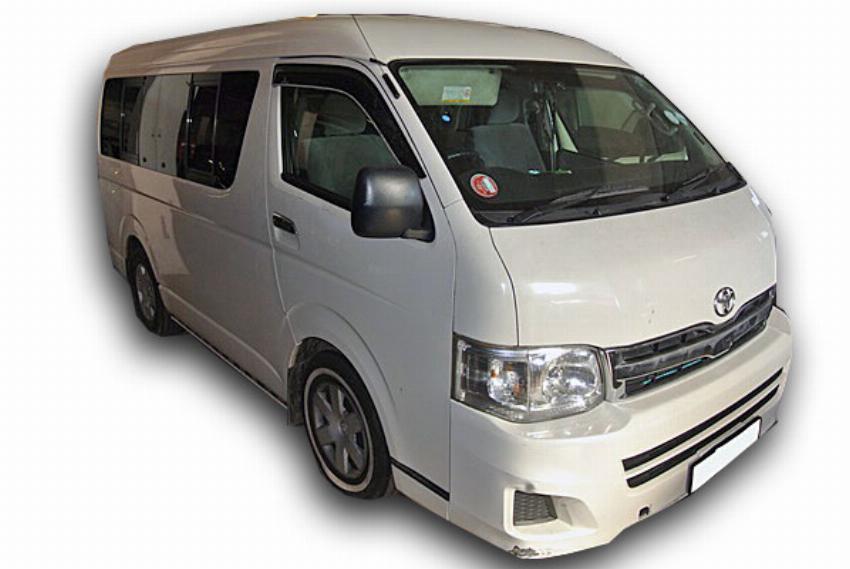 Toyota Quantum 2.7 10 Seater
