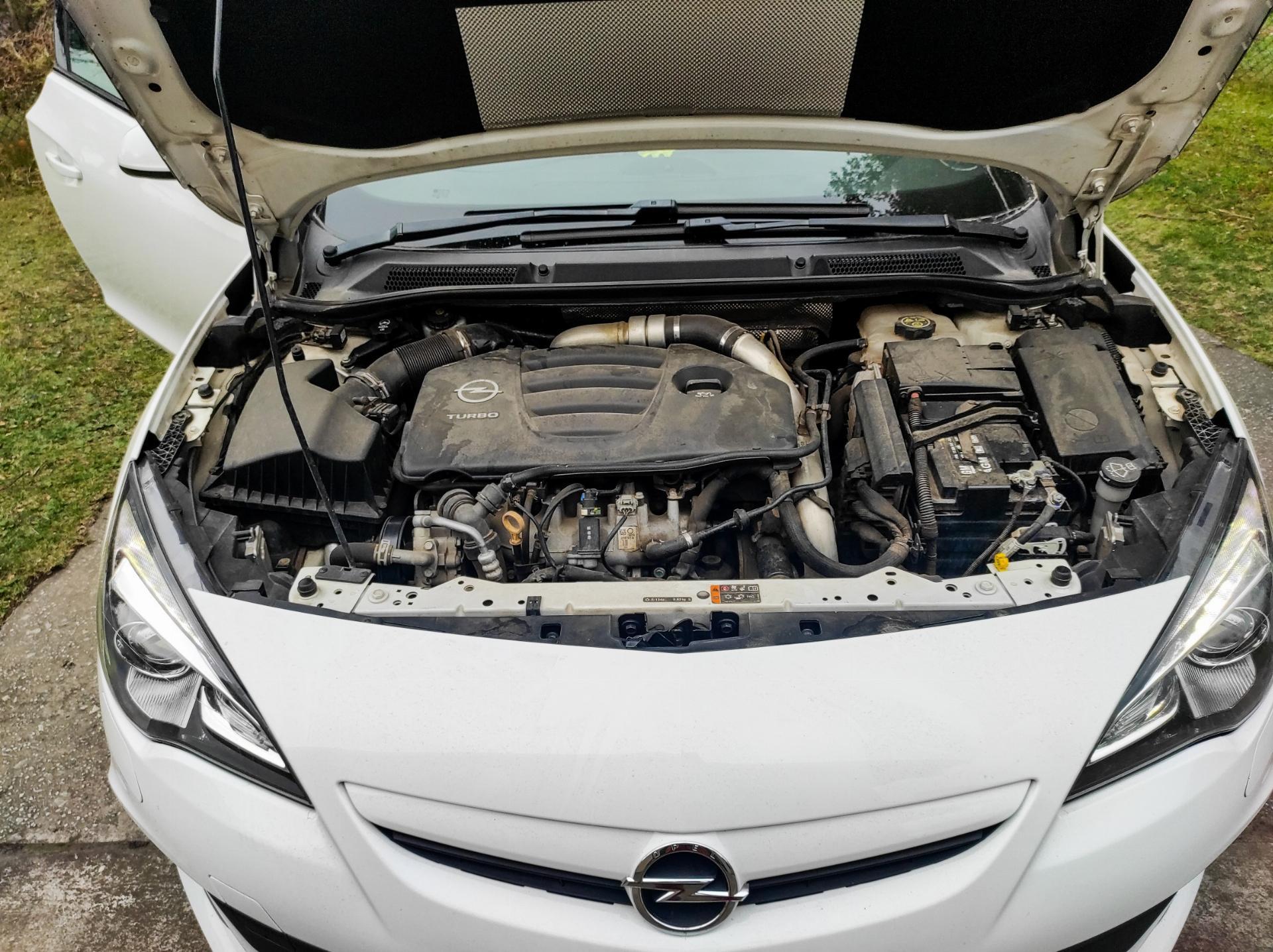 Opel Astra Opc GT