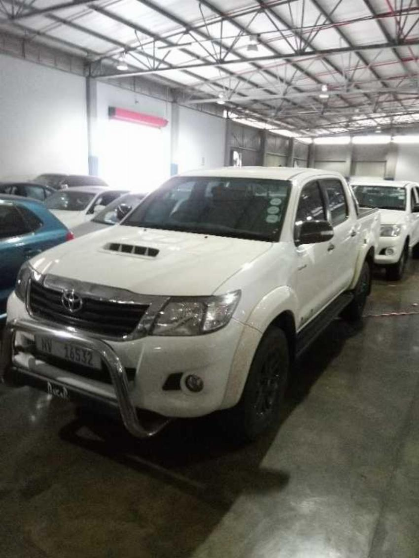 Toyota Hilux 3.0 D-4D Legend