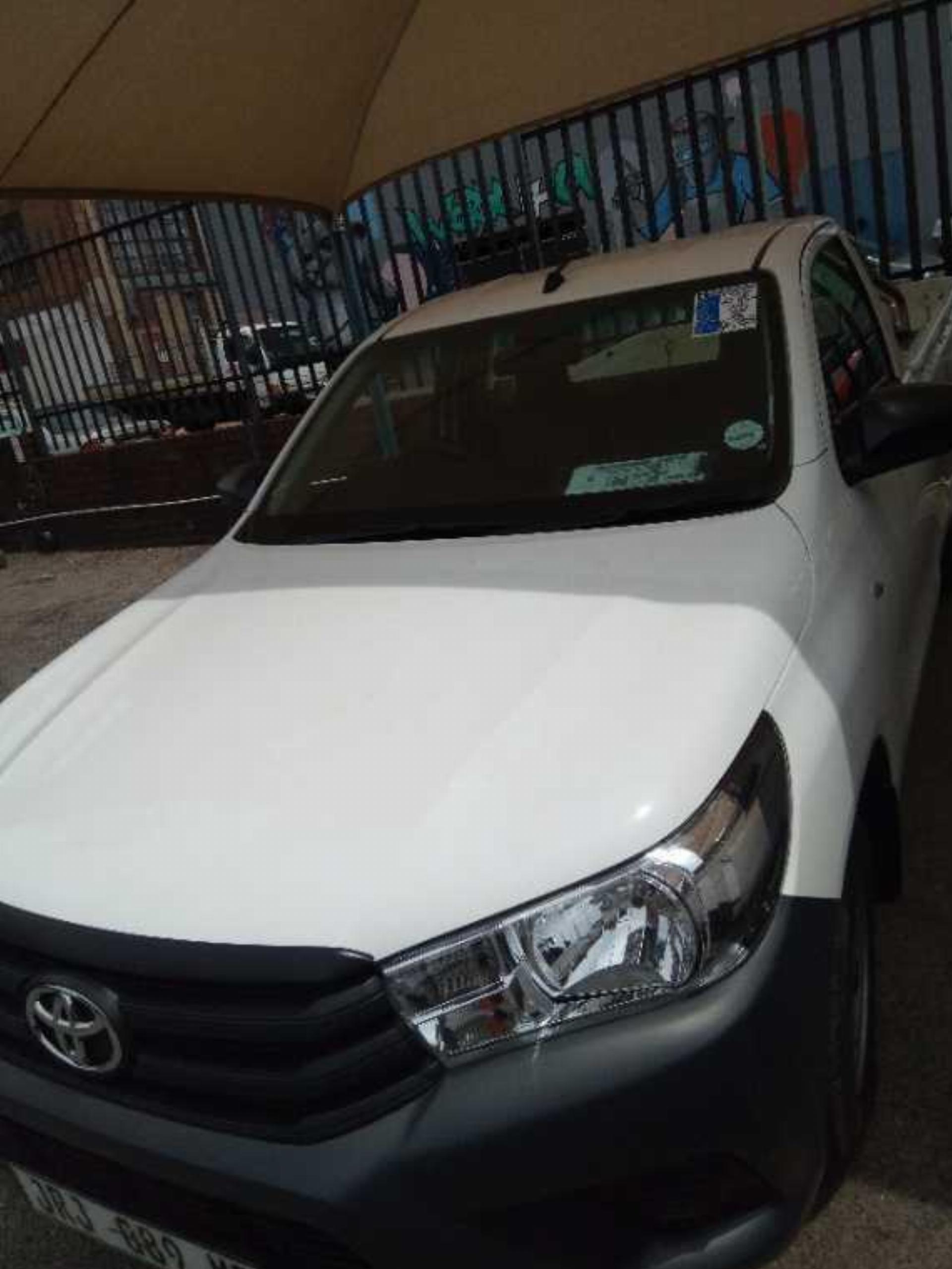 Toyota Hilux GD 2.4 A/C P/U