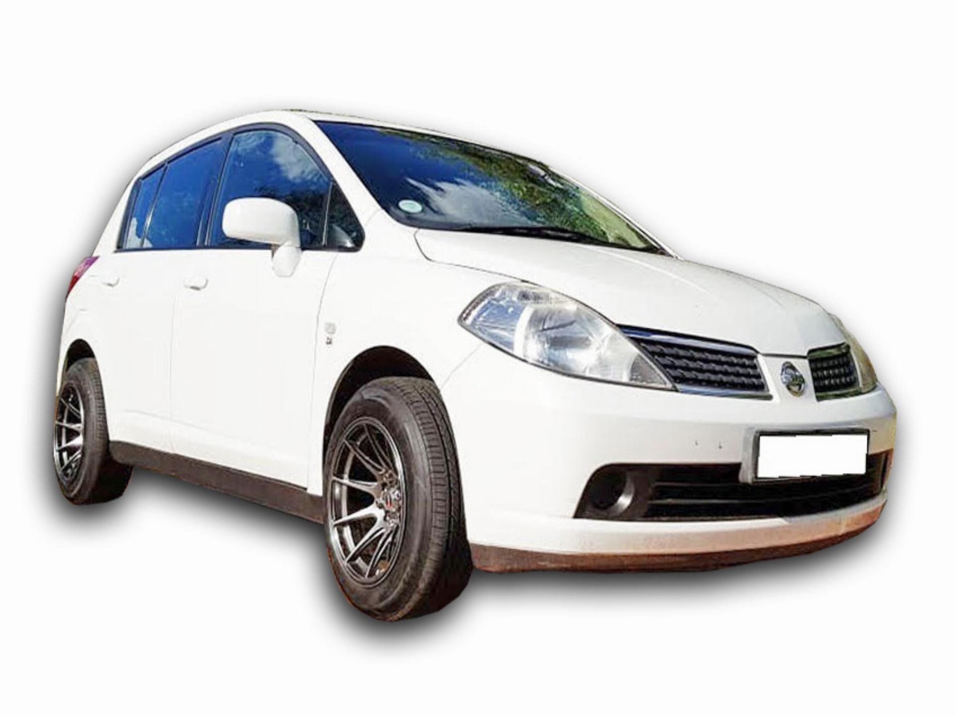 Nissan Tiida 1.6 Visia Plus