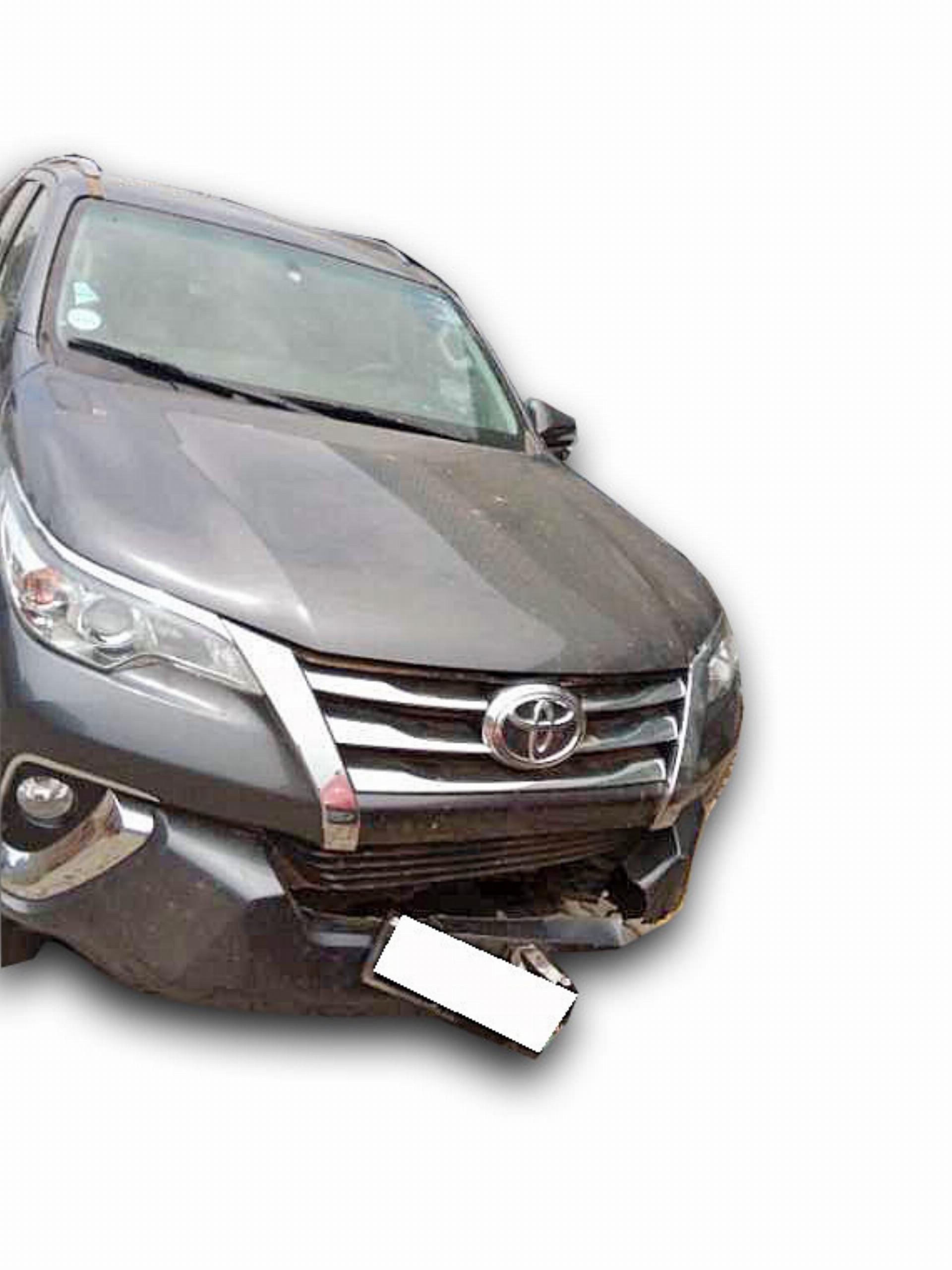 Toyota Fortuner 2.4