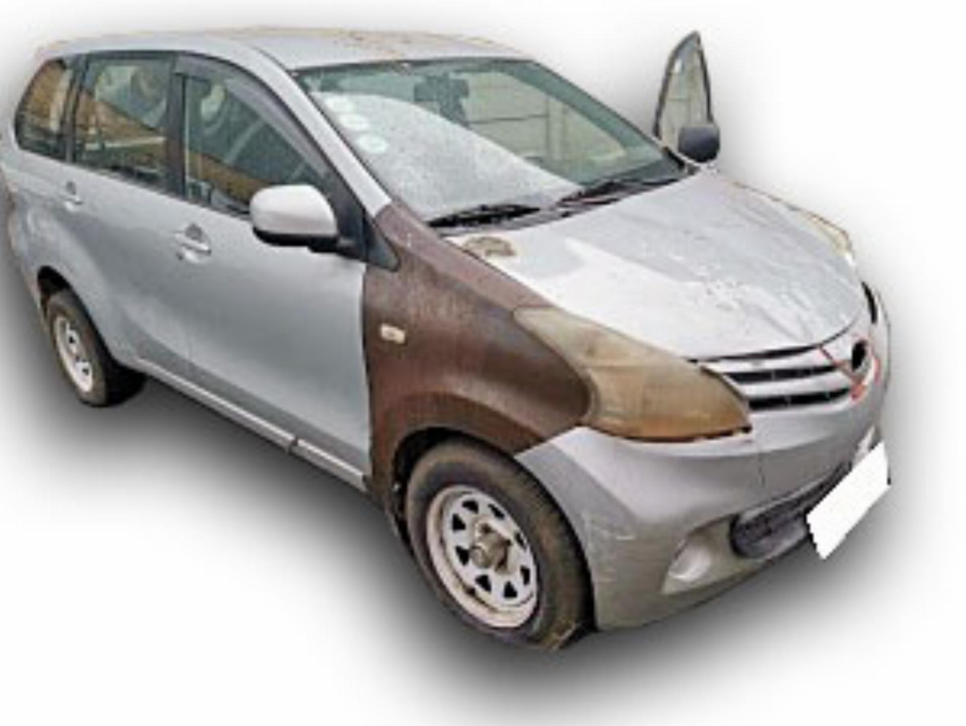 Toyota Avanza 2.3 SX