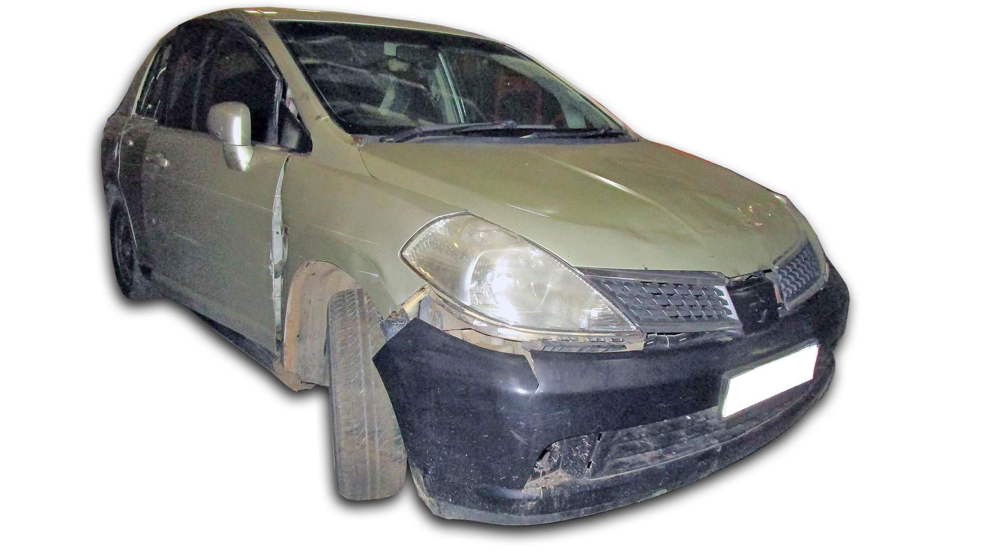 Nissan Tiida 1.6 Visia + (H