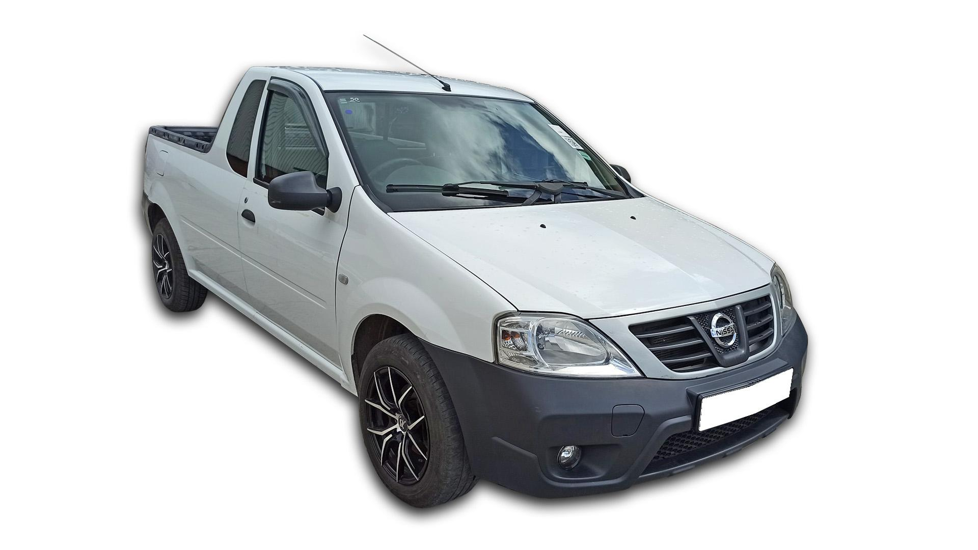 Nissan NP200 1.6  A/C Safety P