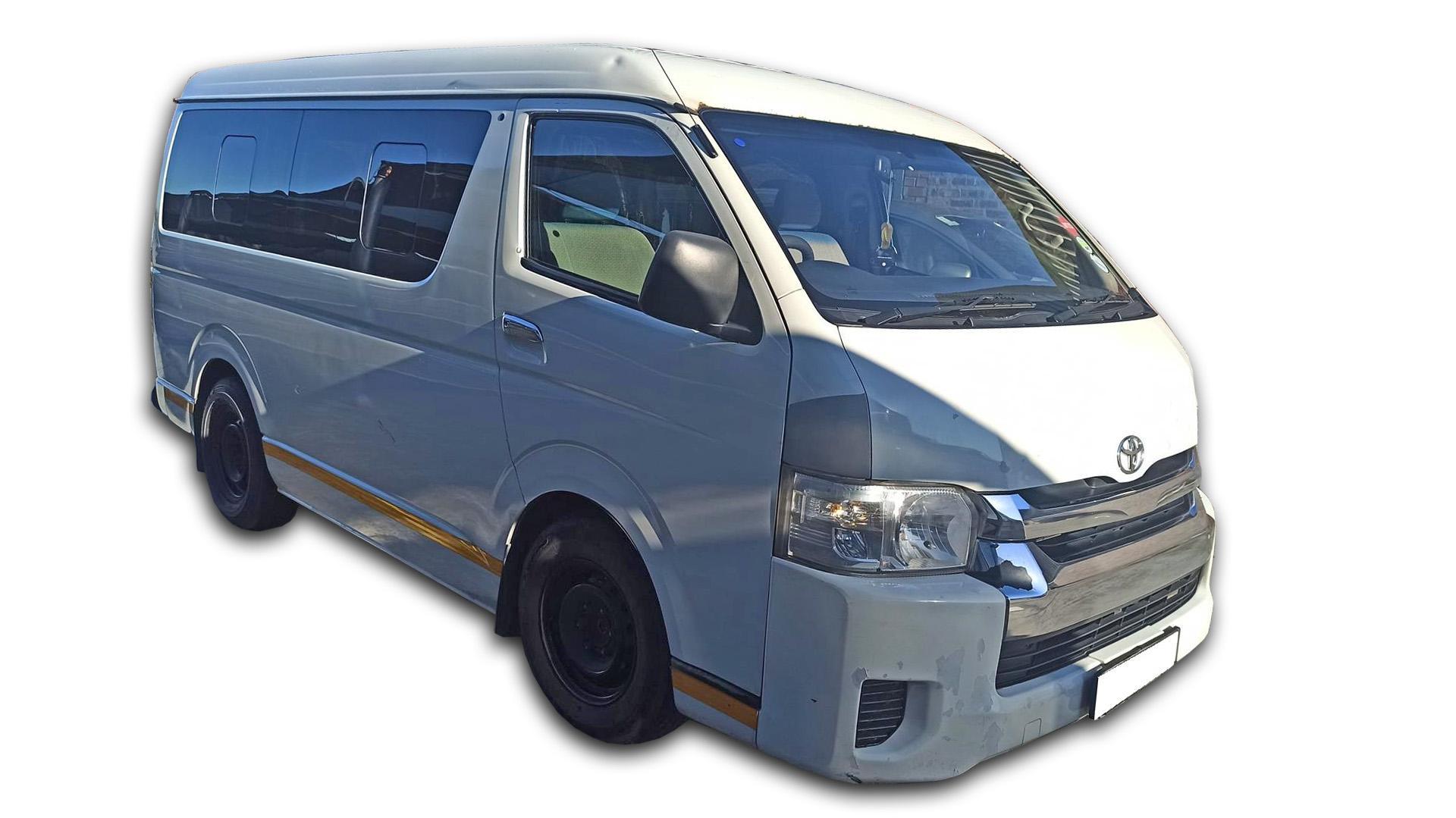 Toyota Quantum 2.7 10 Seat