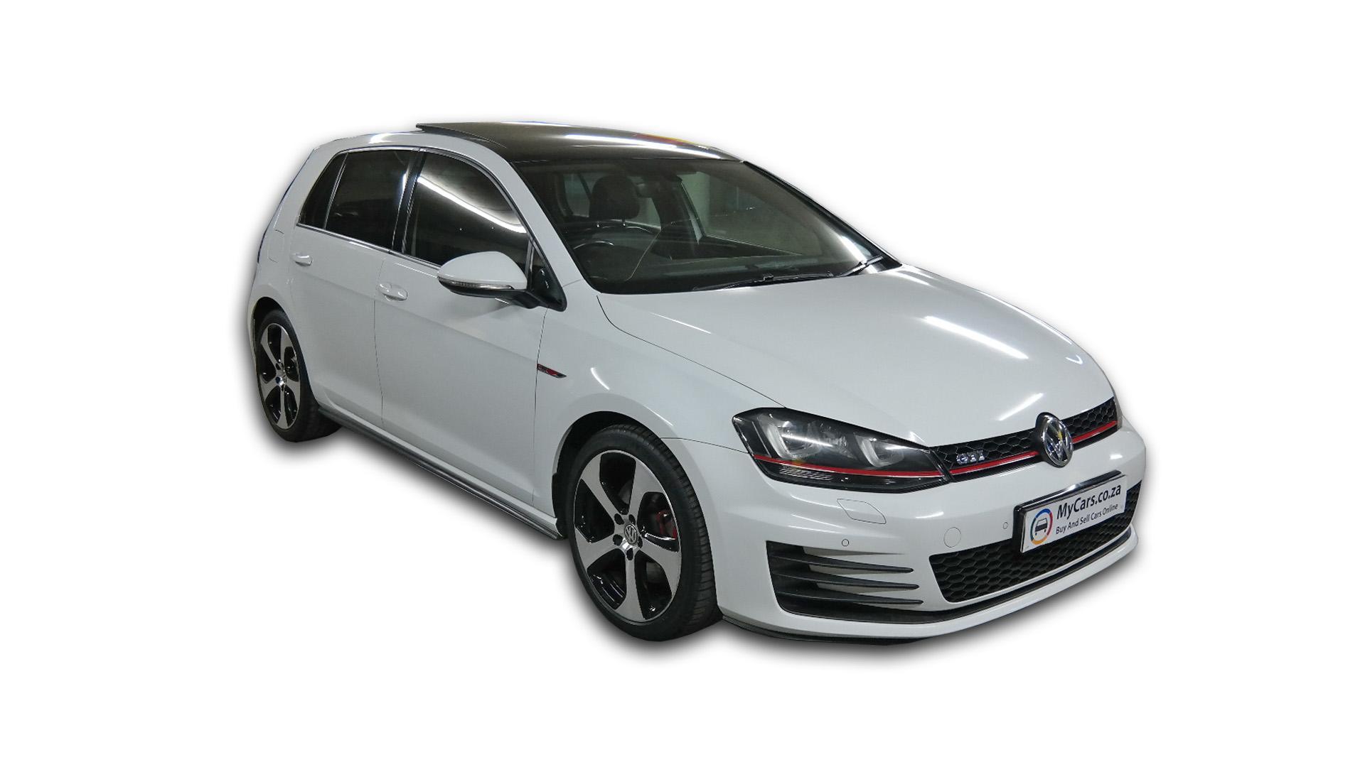 Volkswagen Golf 7 2.0 Tsi