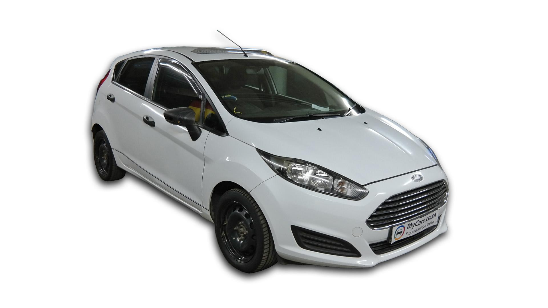 Ford Fiesta 1.4 Ambiente 5 D