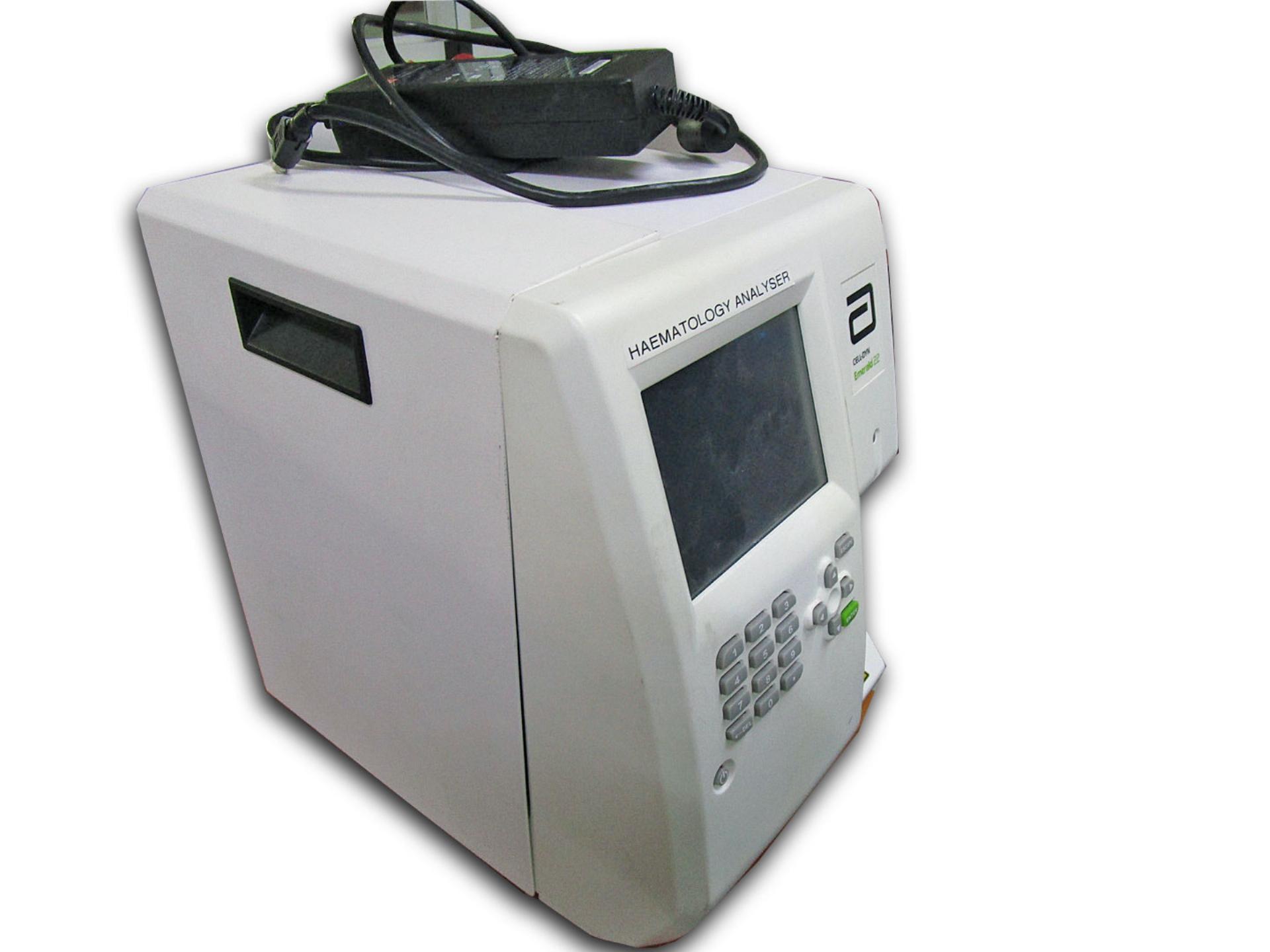 DYN Emerald 22 Machine Abbott Hematology Analyzer Cell Emerald 22 Machine